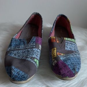 TOMS Periodic Table Gray/Purple Canvas Slip Ons